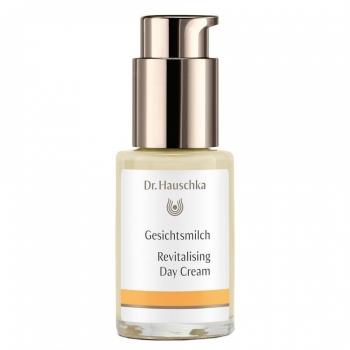 Dr. Hauschka revitalising_day_cream_30ml_1.jpg